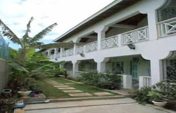 Willowgate Resort Hotel