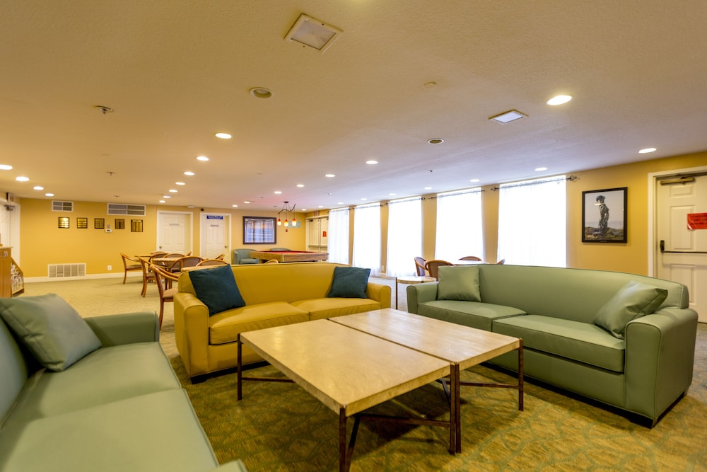 Interior, Capistrano Surfside Inn
