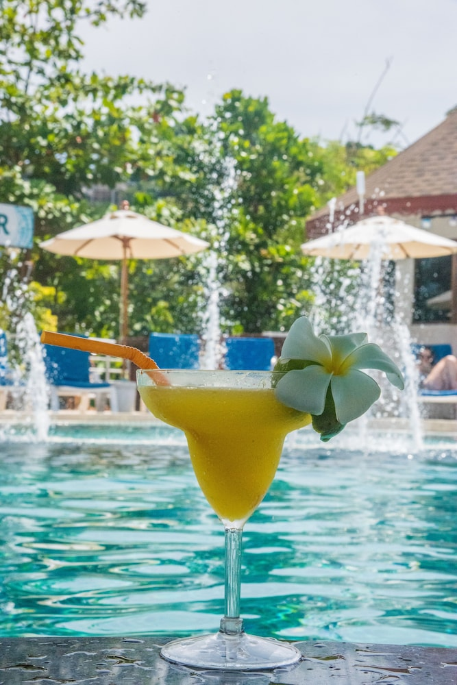 Poolside Bar, PP Princess Resort