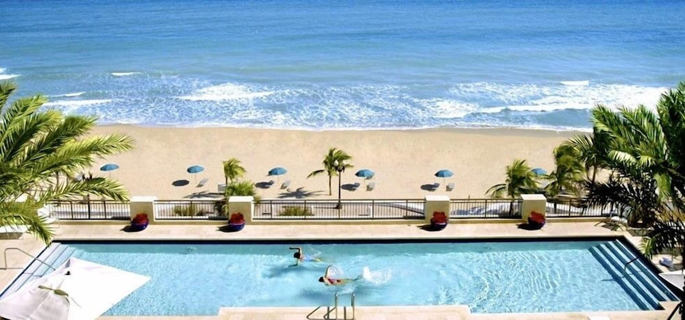 Outdoor Pool, Private Residences at the Atlantic Resort and Spa