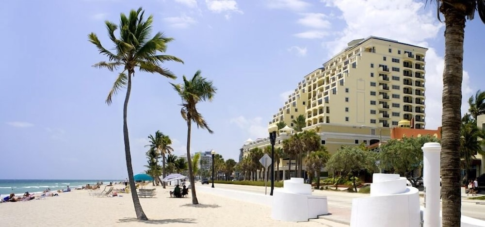 Beach, Private Residences at the Atlantic Resort and Spa