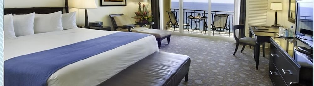 Room, Private Residences at the Atlantic Resort and Spa