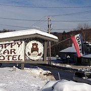 Happy Bear Motel