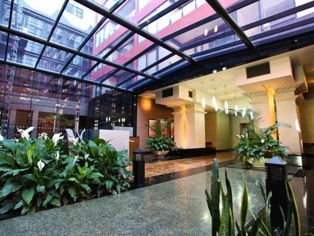 Melbourne Short Stay Apartments At Cbd 3 5 Out Of 0 Exterior Featured Image Lobby