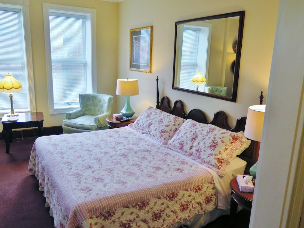 Room, Madison Manor Boutique Hotel