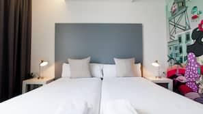 Tallelokero huoneessa, silitysrauta/-lauta, ilmainen Wi-Fi