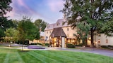 The Boars Head - Charlottesville Hotels