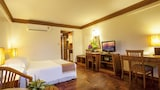 Safari Beach Hotel - Patong Hotels