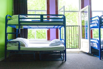 The Flying Pig Uptown Hostel Reviews Photos Rates Ebookers Com