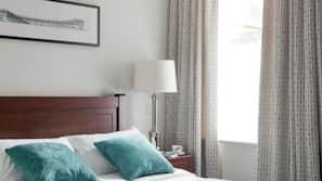 6 bedrooms, Egyptian cotton sheets, premium bedding, down duvets