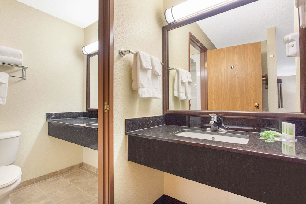 Bathroom, AmericInn by Wyndham Rhinelander