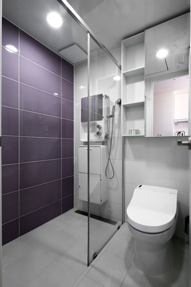 Bathroom Shower, Shinchon Ever8 Serviced Residence