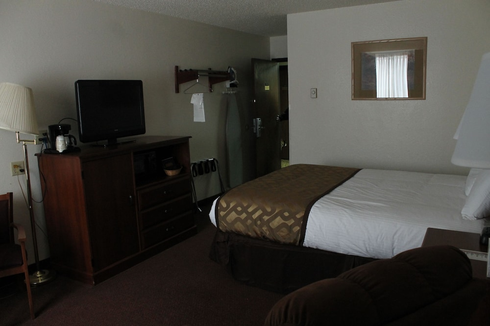 Room, Lone Tree Inn