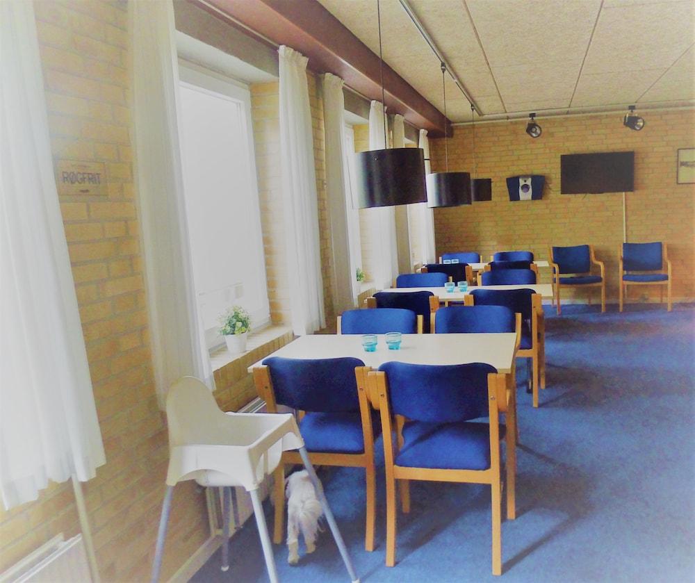 Salle De Bain Commune Booking ~ s by fritidscenter hostel reviews photos rates ebookers fi