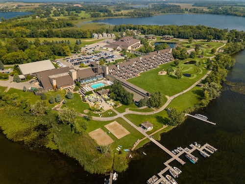 Arrowwood Resort and Conference Center