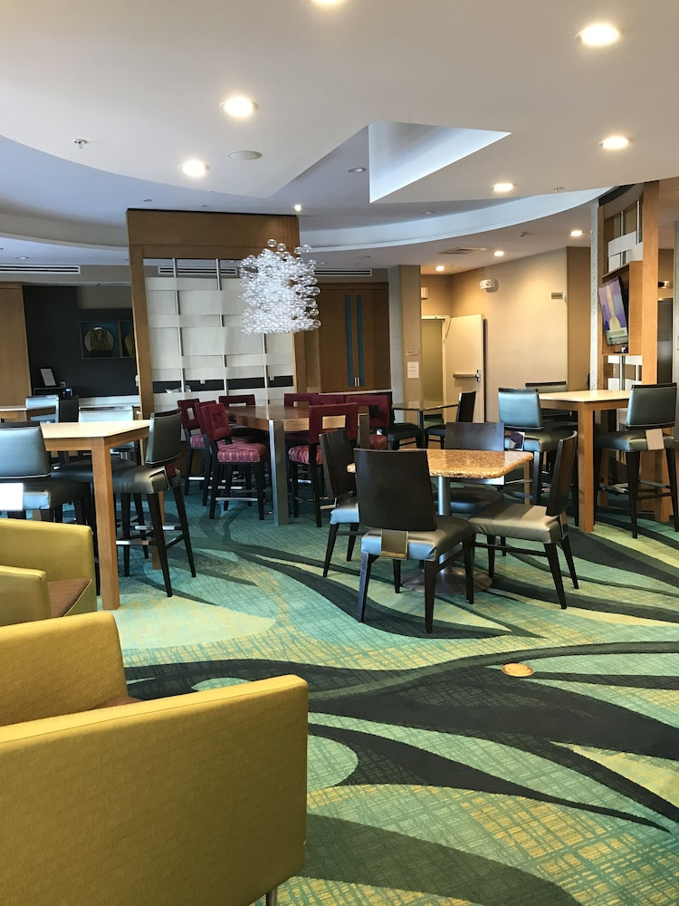 Lobby Sitting Area, Springhill Suites Wichita Airport