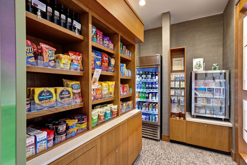 Gift Shop, Springhill Suites Wichita Airport