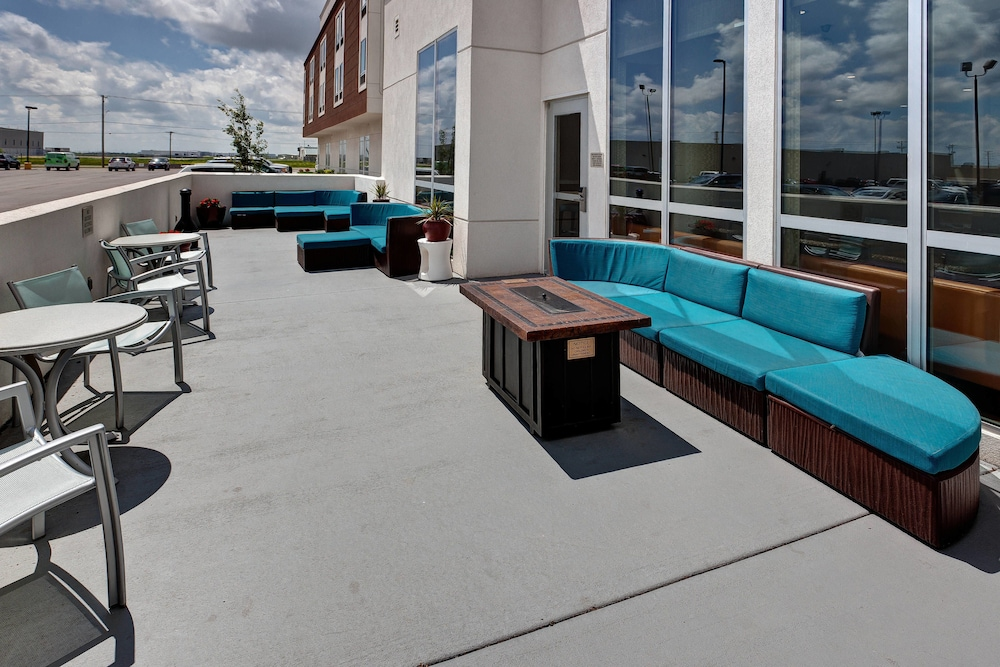 Rooftop terrace, Springhill Suites Wichita Airport