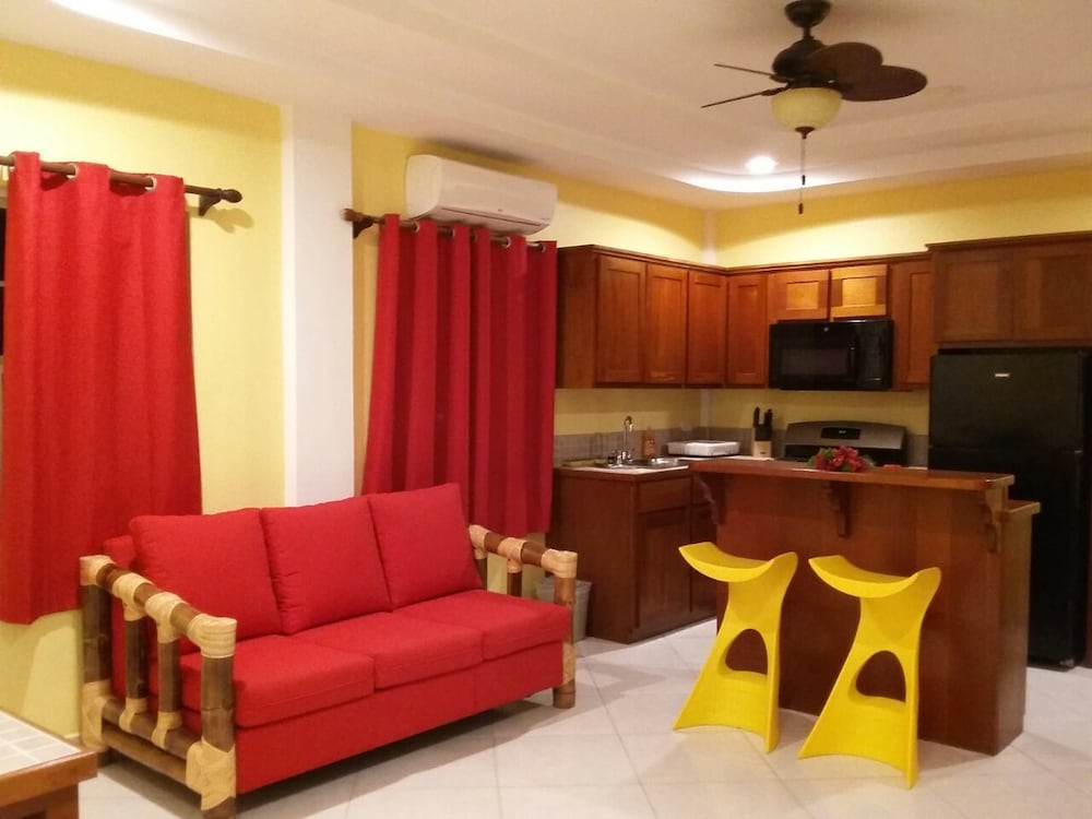 Living Room, La Isla Resort