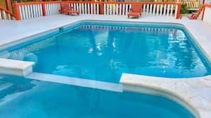 야외 수영장, 일광욕 의자