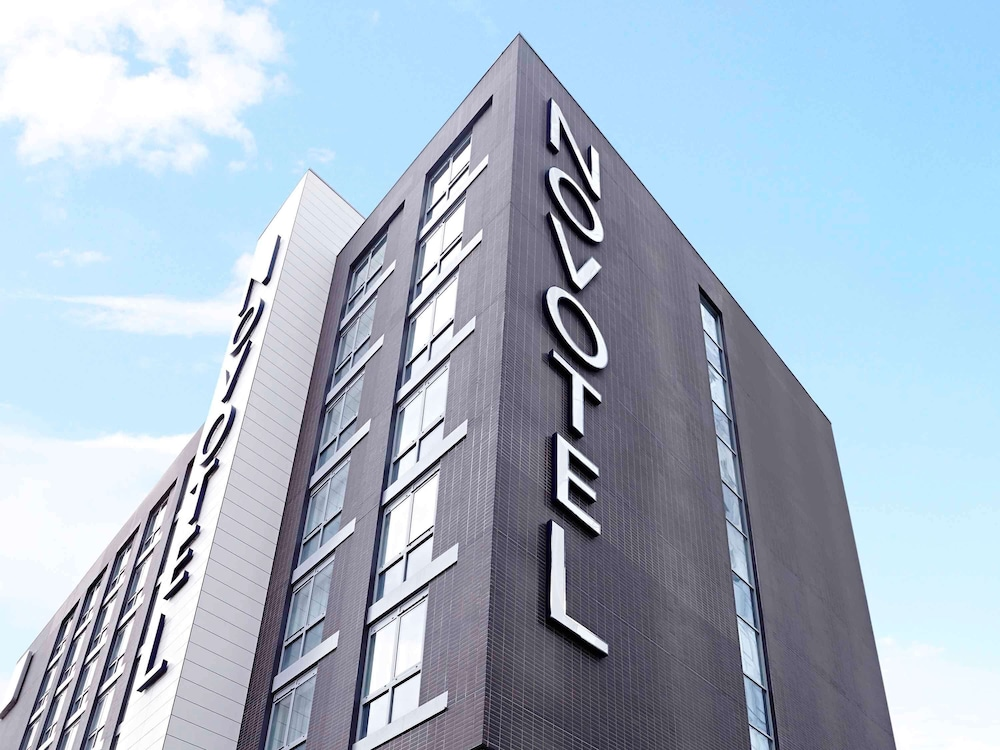 Featured Image, Novotel London Brentford