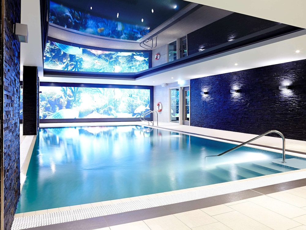 Pool, Novotel London Brentford