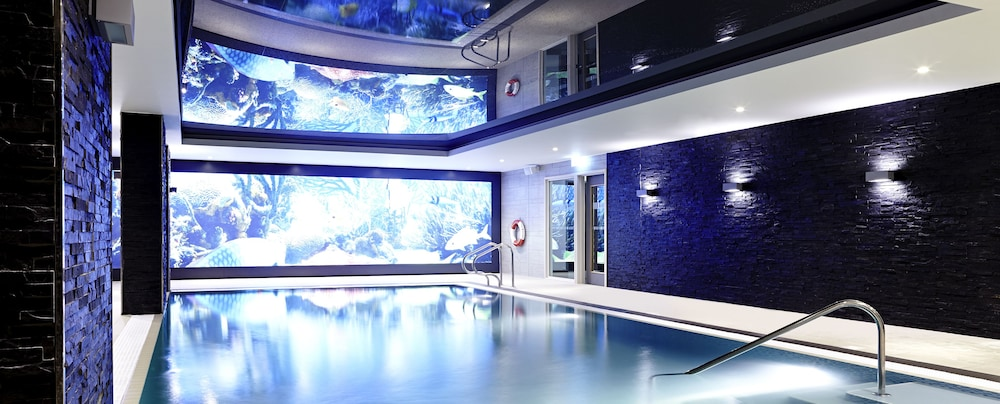 Indoor Pool, Novotel London Brentford