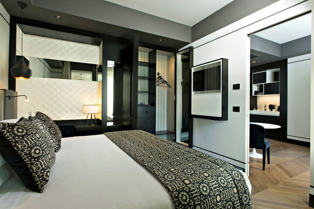 Room, Corso 281 Luxury Suites - Preferred Hotels & Resorts