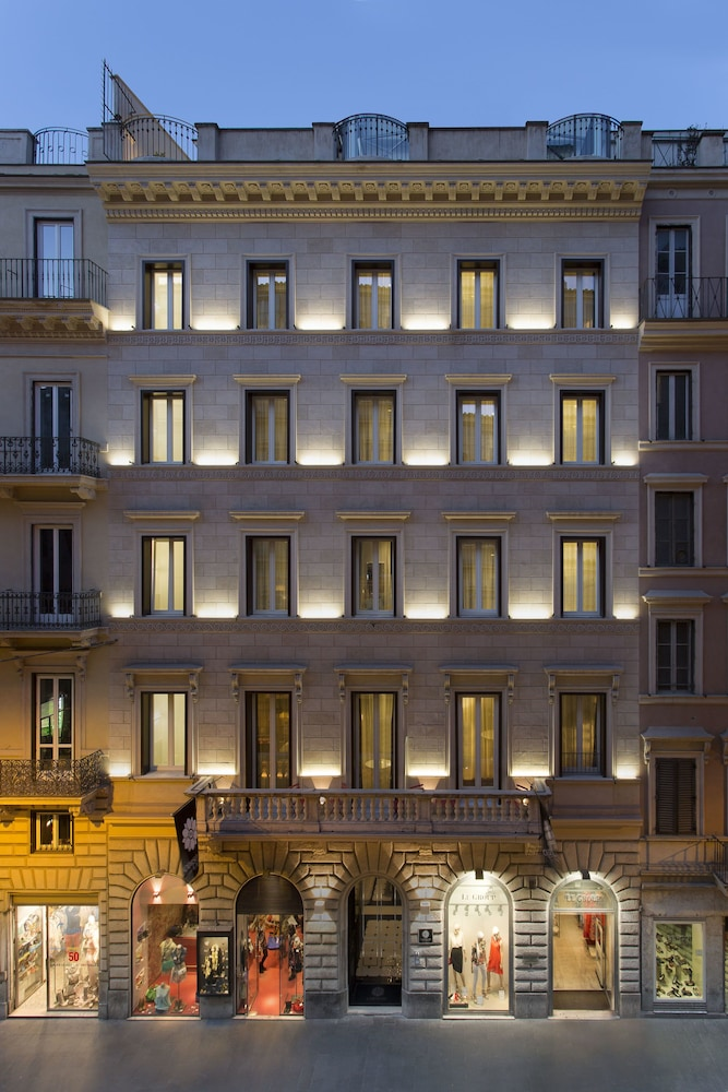 Front of Property - Evening/Night, Corso 281 Luxury Suites - Preferred Hotels & Resorts