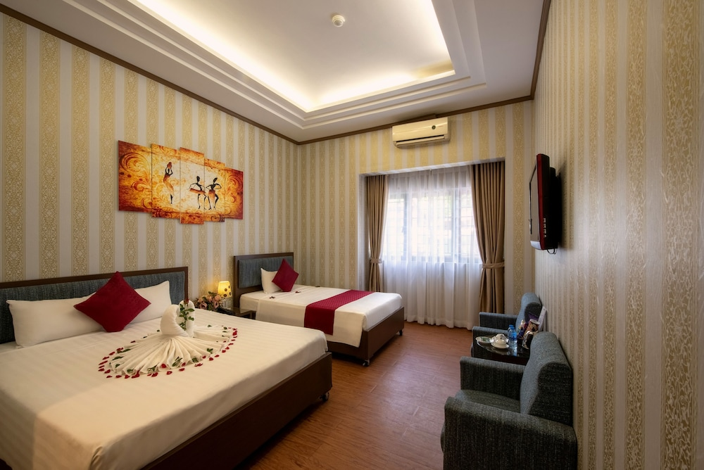 Room, Helios Legend Hotel