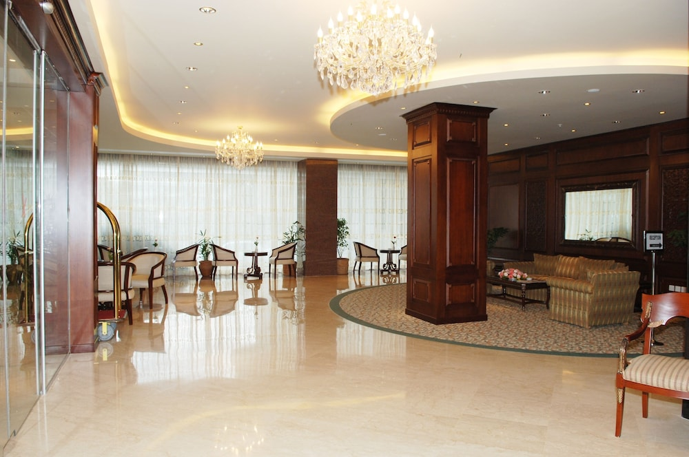 Interior Entrance, Hotel Sarina