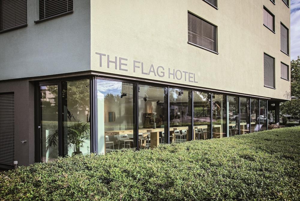 THE FLAG Zürich - Reviews, Photos & Rates - ebookers.com