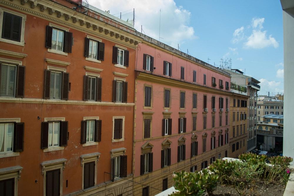 Porta pia rooms rome italy expedia - Hotel porta pia roma ...