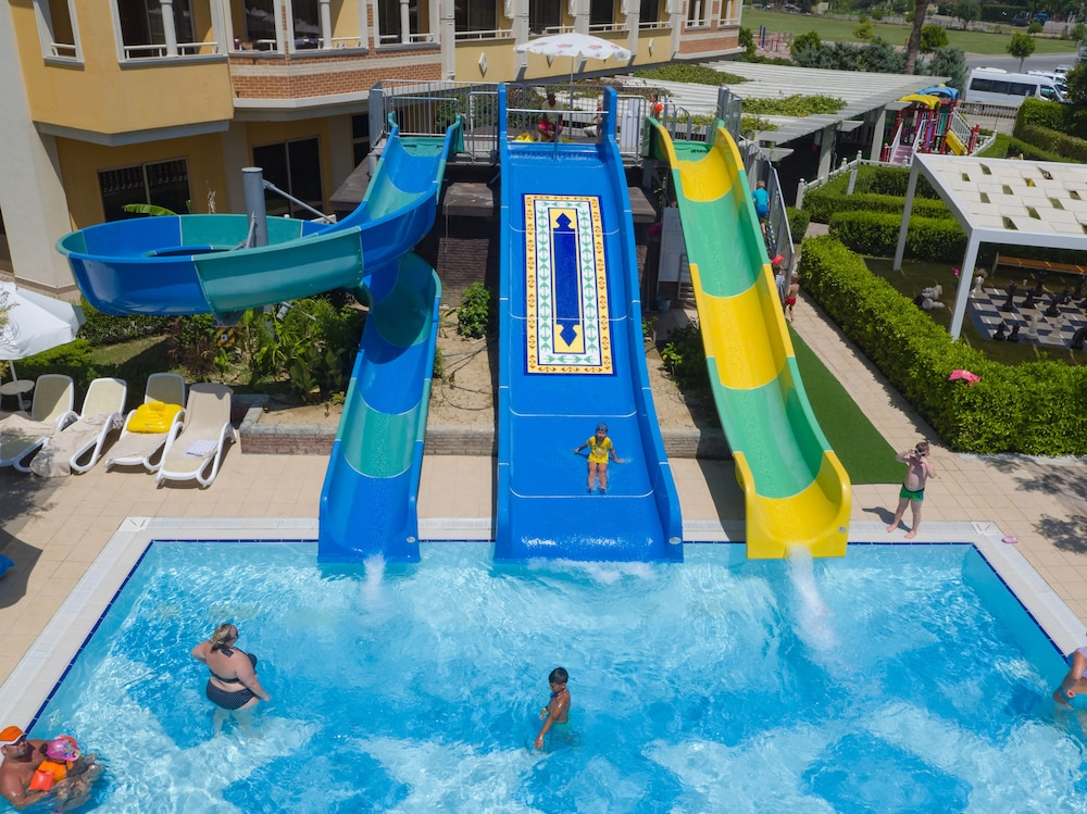 Waterslide, Royal Alhambra Palace – All Inclusive