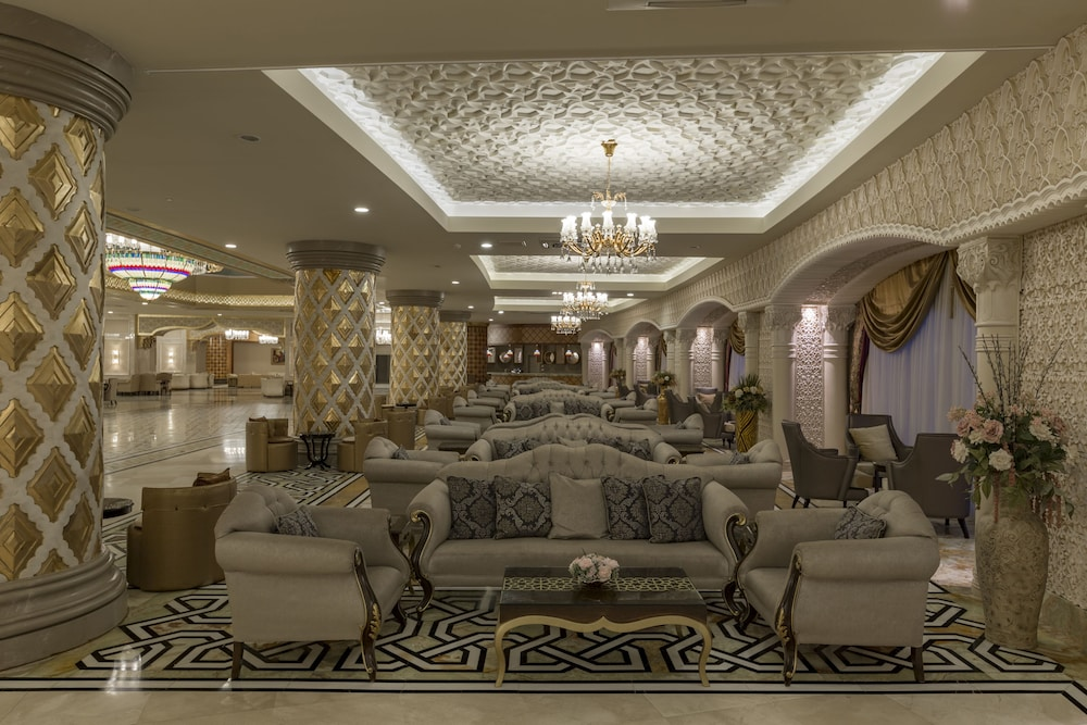 Lobby Sitting Area, Royal Alhambra Palace – All Inclusive