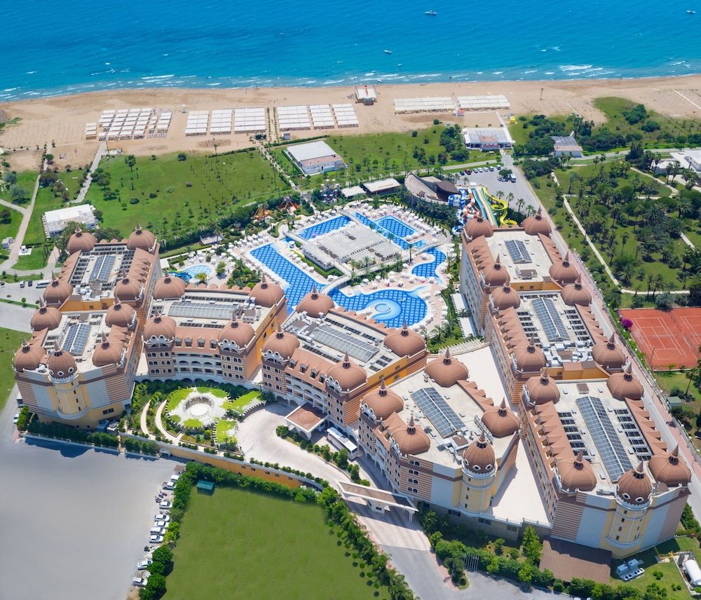 Garden, Royal Alhambra Palace – All Inclusive