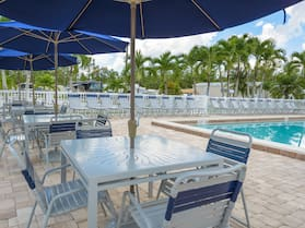Club Naples RV Resort