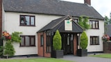 Oak Farm Hotel - Cannock Hotels
