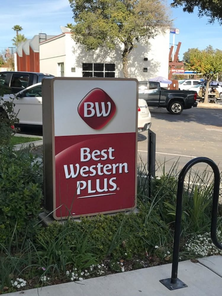 Exterior, Best Western Plus Black Oak