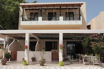 Elounda Olive Garden Studios Agios Nikolaos Room Prices Reviews Travelocity