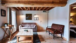 Een minibar, een kluis op de kamer, extra bedden (toeslag), gratis wifi