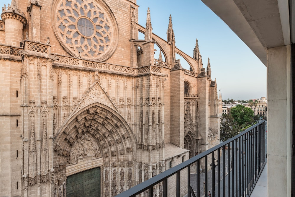 puerta catedral suites in seville hotel rates reviews