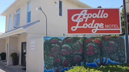 Apollo Lodge Motel