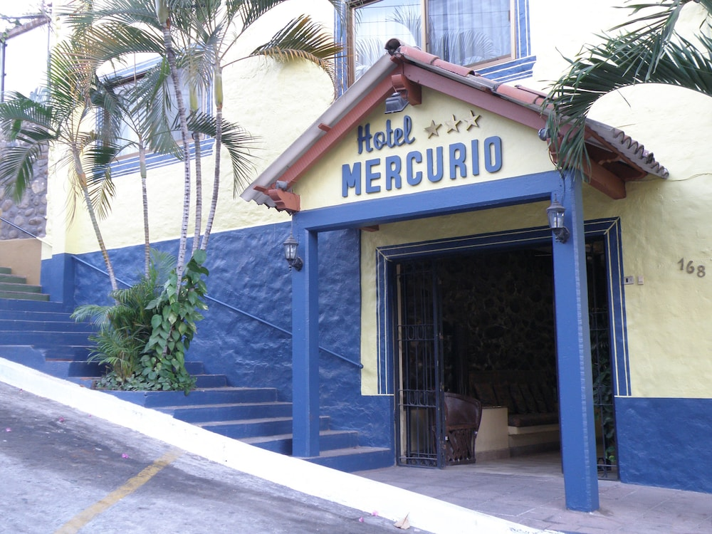 Front of Property, Hotel Mercurio - Caters to Gay Men