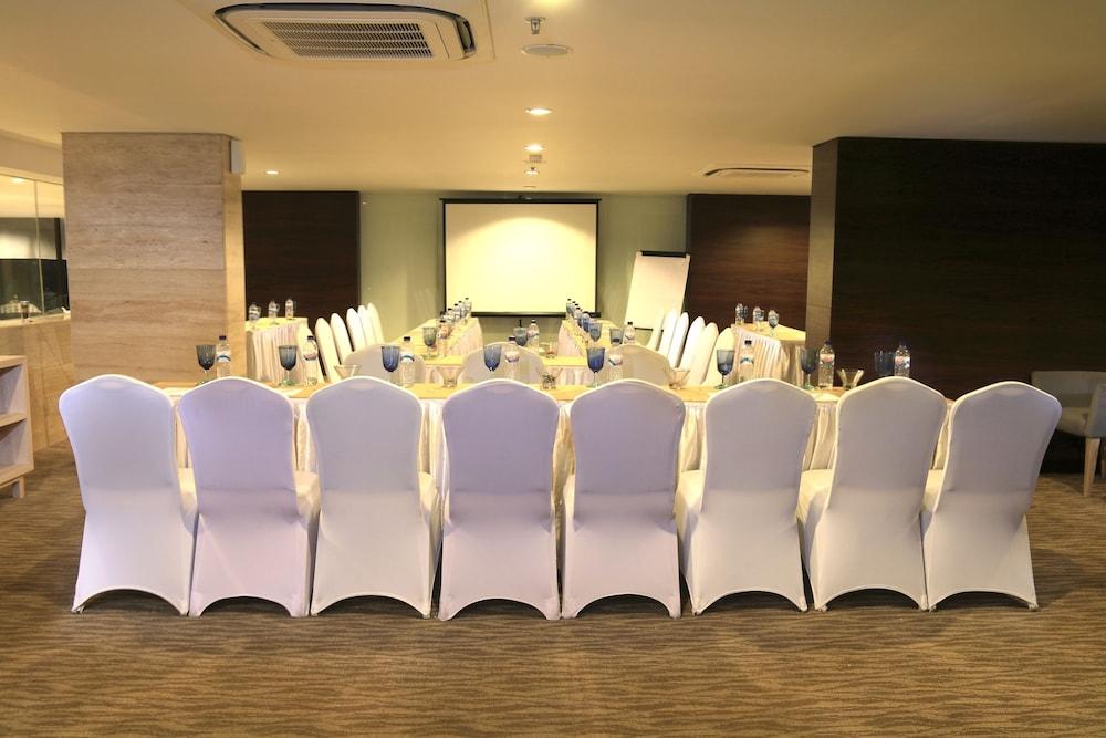 Devinsky Hotel Seminyak Deals Reviews Seminyak Idn Wotif