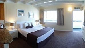 Pillowtop beds, blackout drapes, free WiFi