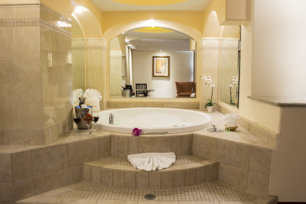 Jetted Tub, Hotel Ticuán