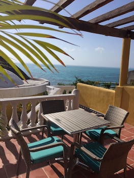 Suite, 2 Queen Beds, Ocean View (with shared terrace) - Terrace/Patio