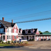 The Whitetail Inn