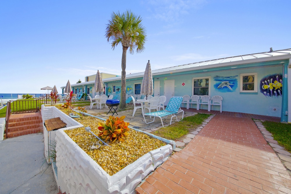 BBQ/Picnic Area, Daytona Shores Inn and Suites
